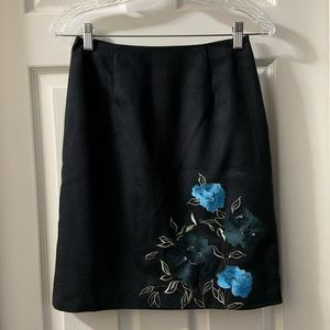 Alfani Black Faux Suede Embroidered Skirt size 2